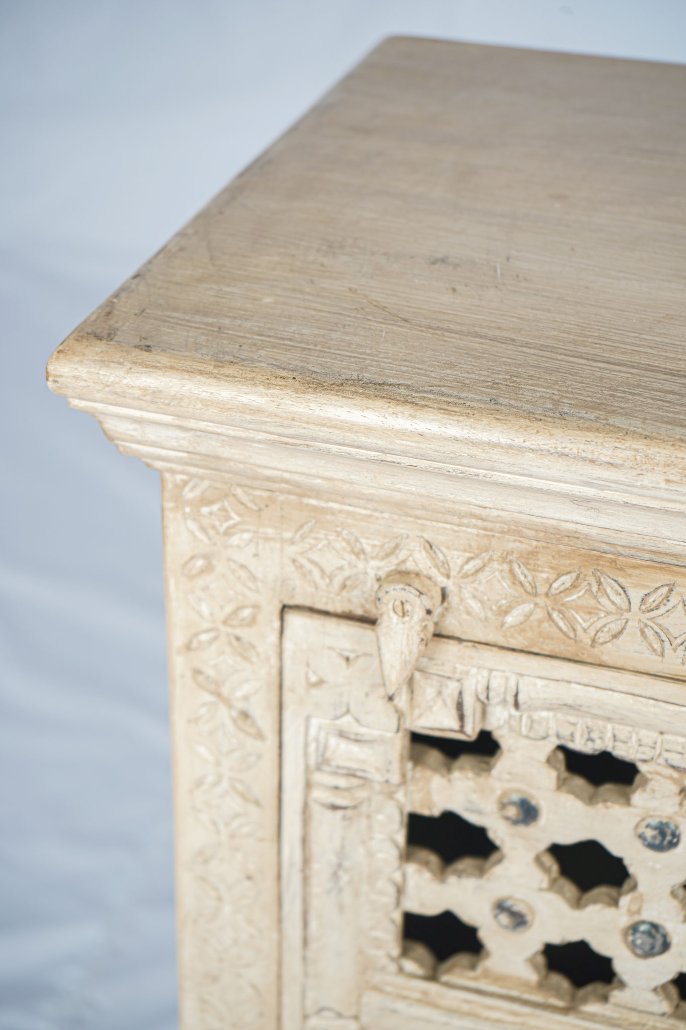 Authentic Paint Finishing Furniture from India